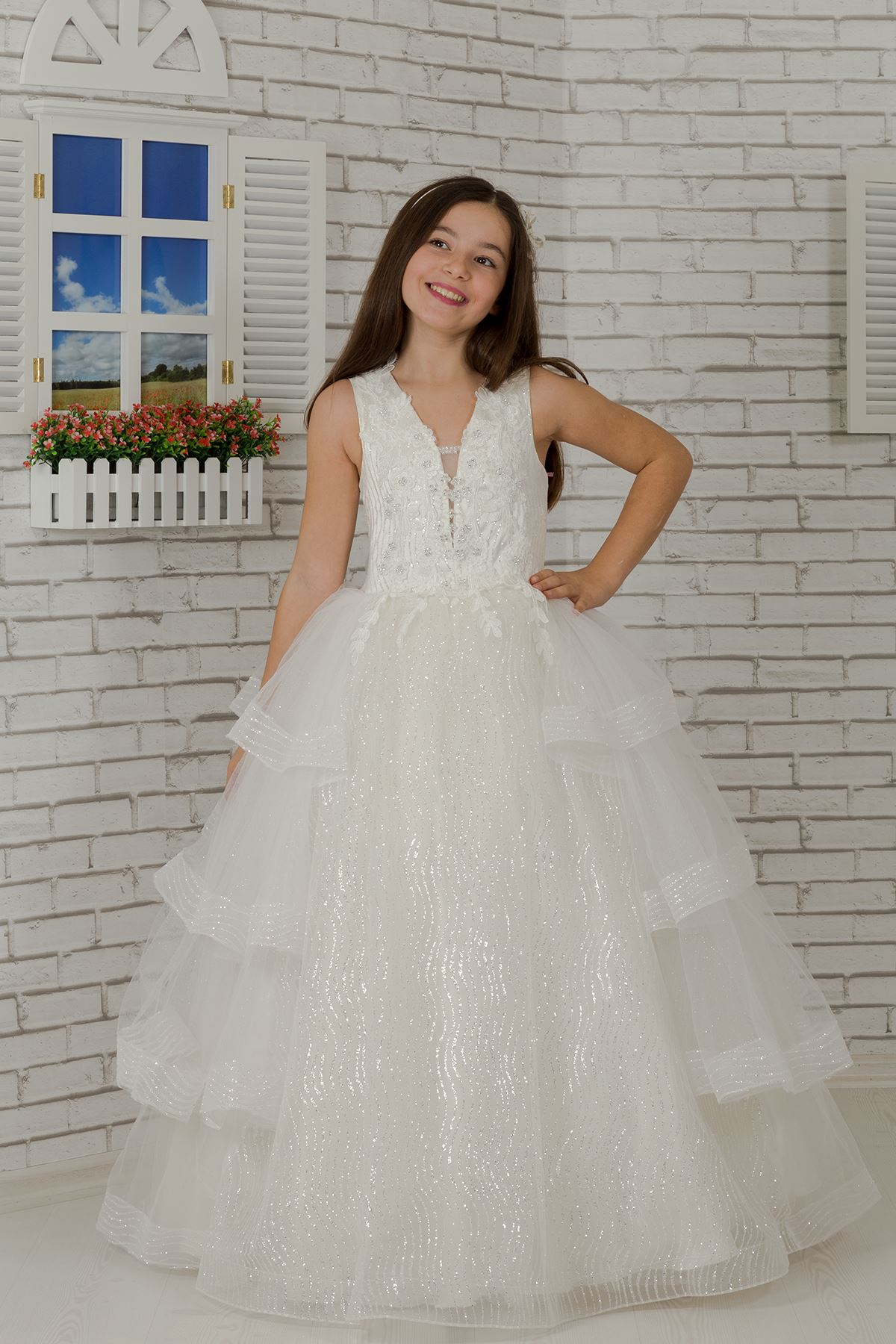 Body embroidered, coat skirt detailed, special silvery tulle fluffy girl children evening dress 625 cream