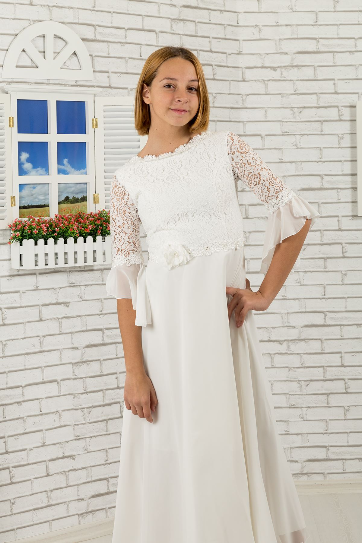 Lace body and sleeves, floral detail at the waist, Girl Evening Dress 463 Ivory