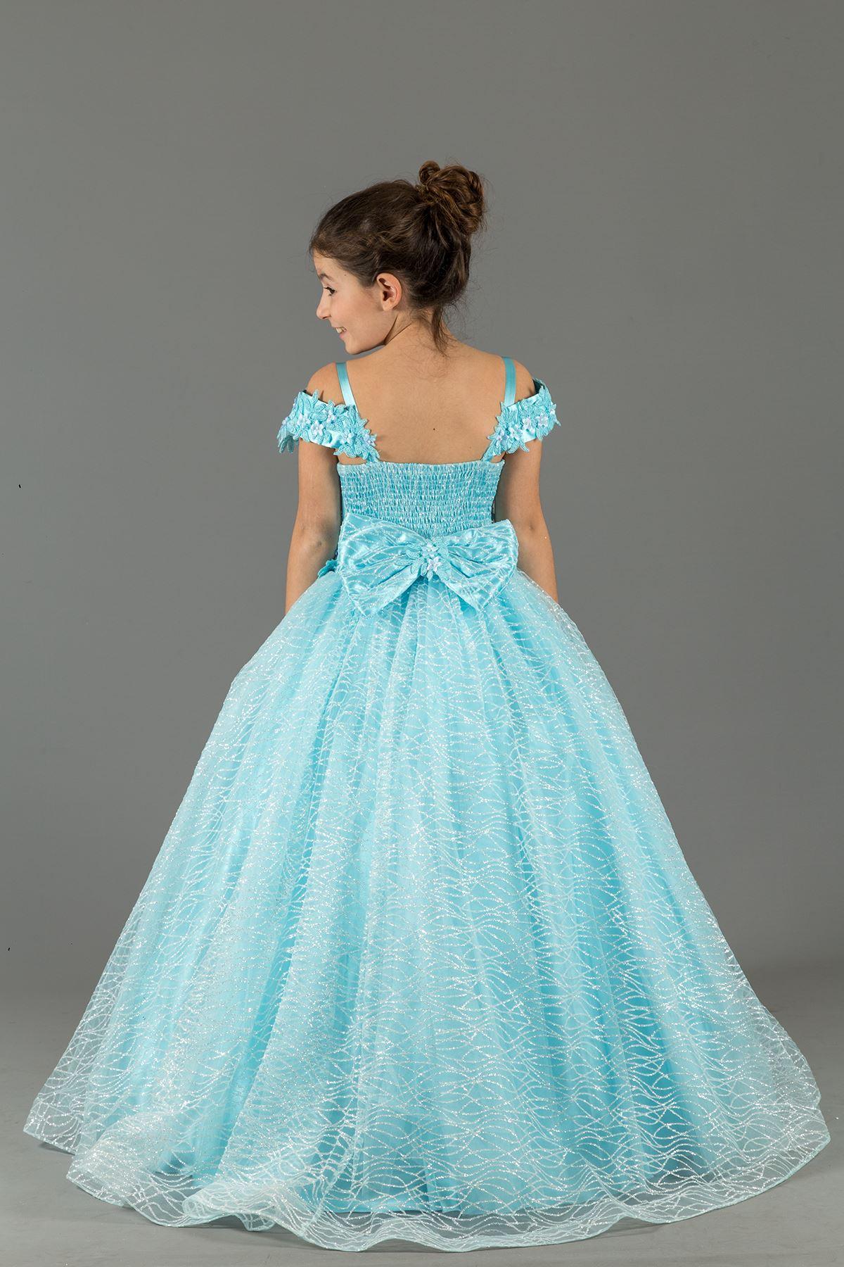 כסוף בהתאמה אישית, צוואר מדונה, שמלת ערב פלאפית מיושמת 576 תכלת